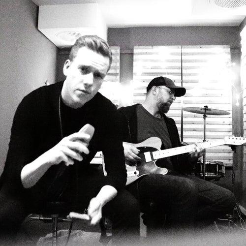 Vår beste dag (Live Fra Lokalet) by Jesper Nordahl Finsveen