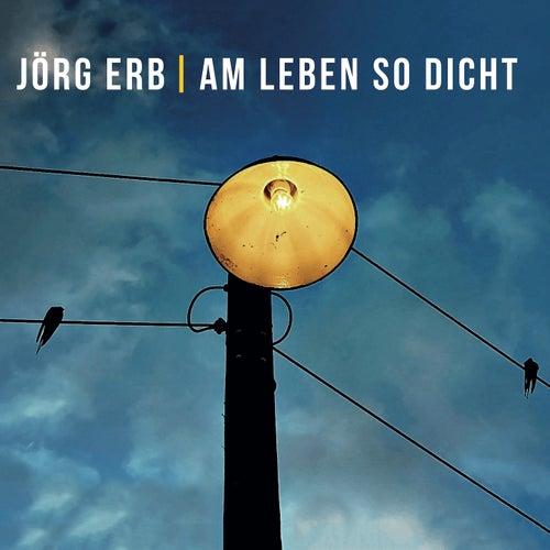 Hut und Mantel von Jörg Erb