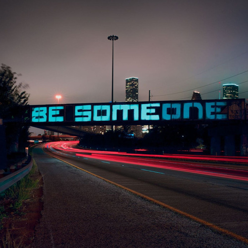 Be Someone (Extended Mix) von Tommy Iconic