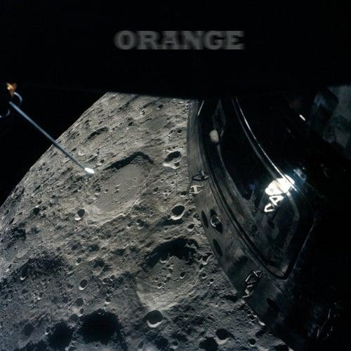 Orange by Ivre l'Ours