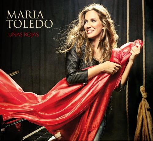 Uñas rojas de Maria Toledo