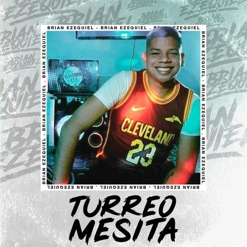Turreo Mesita by Brian Ezequiel