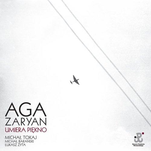Umiera Piekno de Aga Zaryan