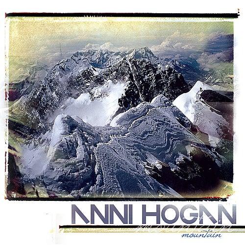 Mountain de Anni Hogan