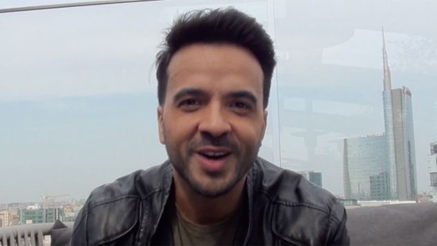 Luis Fonsi On The Record