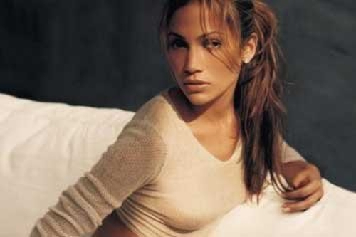 "Source Material: Jennifer Lopez, ""On the 6"""